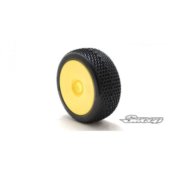 EXP DOUBLE ACTION White(Medium) Preglued tires/Yellow 4pcs