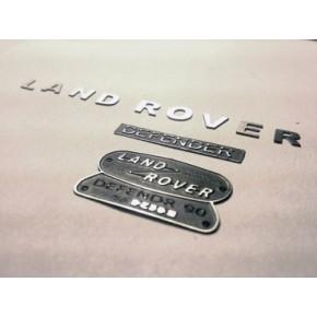 Logos de Metal Landrover...